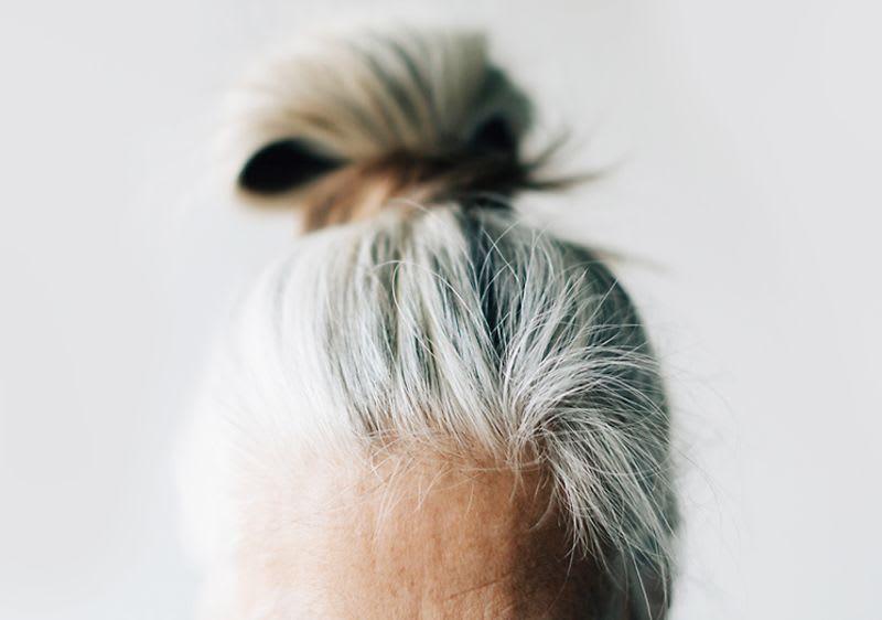 Weiße haare färben